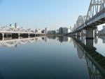 f0367 お正月の淀川河川敷
